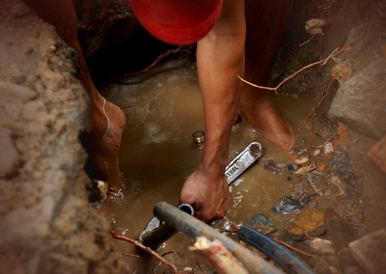 Wasserschaden durch Rohrbruch – Wer zahlt?